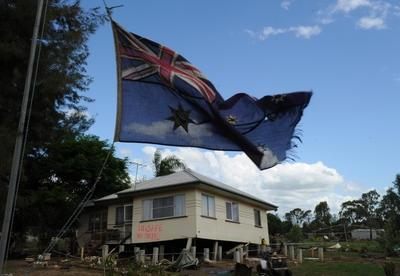Australia_flag_floods_Queensland