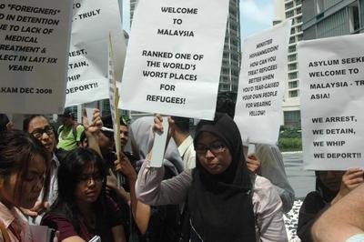 Asylum Seeker Swap Deal opposed by protesters