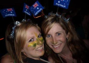 Australia_Day_2012_London_girls