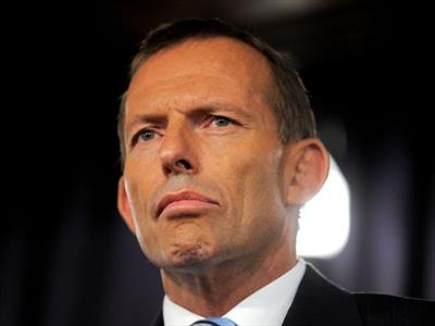 "Abbott says staffer's 'cut the throat' threats a ""drunken brain snap"""