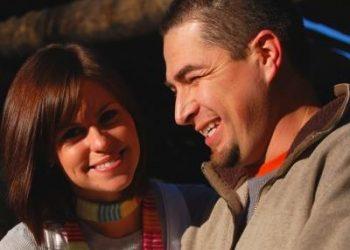 Move_To_Australia_happy_couple