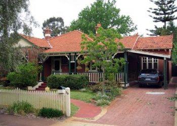 Move_To_Australia_house_suburban_lores