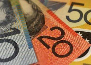 Australian_dollars_money