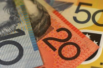 Australian_dollars_money