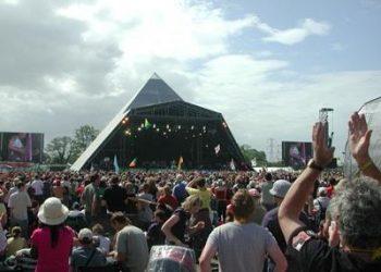 Glastonbury_2013_announcement_Pyramid_Stage