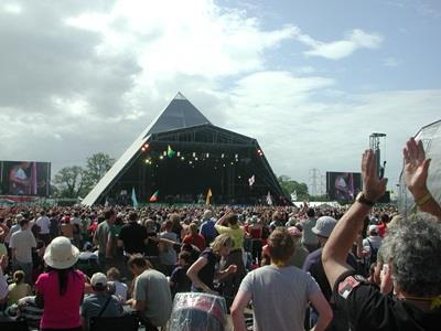 Glastonbury_2013_announcement_Pyramid_Stage