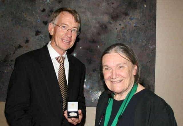 Dixon_Linnean Medal 2013_2