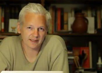 Julian Assange addresses Splendour in the Grass 2011