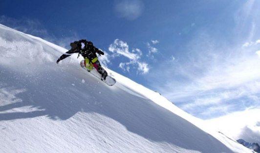 Les Deux Alpes summer snowboard