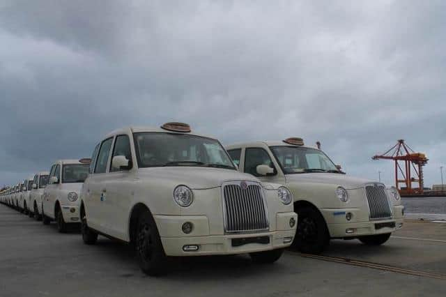 London's distinctive 'black cabs' to be trialled on Australian roads