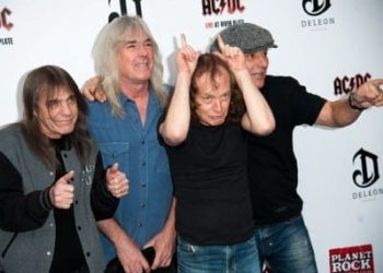 ACDC could retire as Malcolm Young is seriously sick