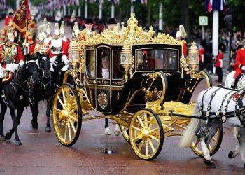 queen coach made in australia