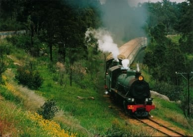 hotham_valley_train