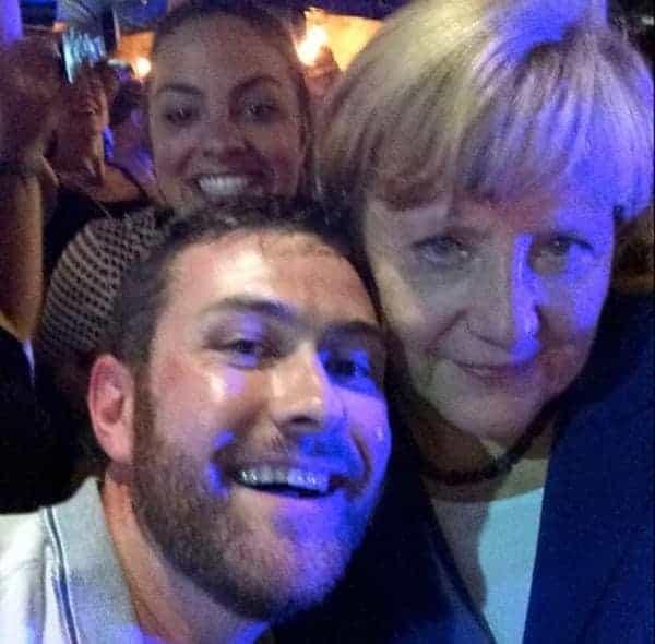 G20 - Angela Merkel - Brisbane pub