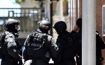 Three hostages released from Sydney Siege café