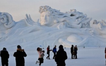 World's biggest ice sculptures at Harbin festival in China