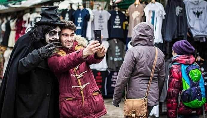 Babadook selfie