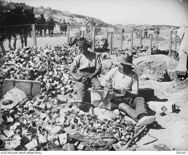 Anzac Day - tins
