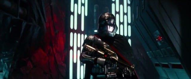 Chrome stormtrooper - Star Wars The Force Awakens new trailer