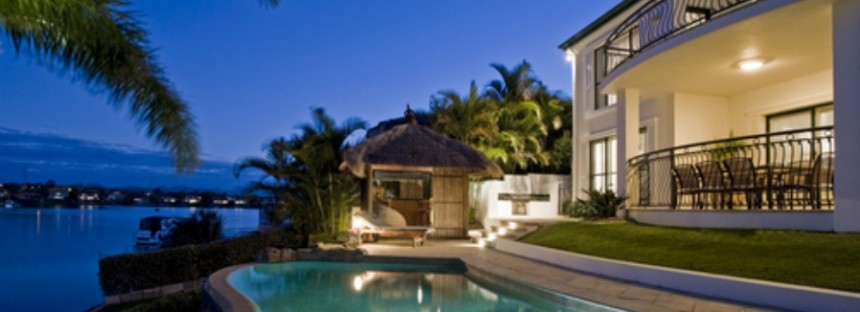 Are there dangers in investing in overseas property?