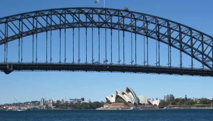 bridge-1125229_1920