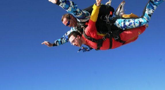 Namib skydive - Kris Griffiths