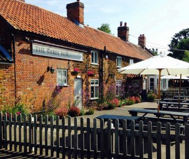 Three Horseshoes pub