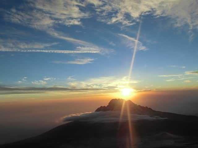 Sunrise on Kilimanjaro (By Laikipia / Pixabay.com)