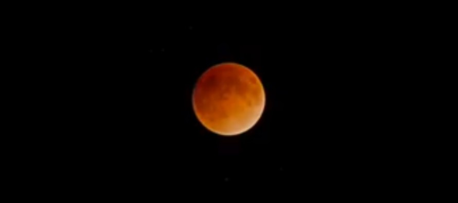 Watch: Amazing time lapse shows the blood moon eclipse from start to finish [VIDEO]