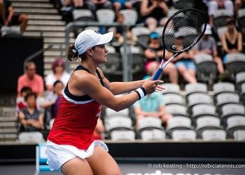 Sydney, Australia - 11 January 2019:  Ashleigh Barty hitting during the Sydney International singles semifinal match against  Kiki Bertens on Ken Rosewall Arena at Sydney Olympic Park. (Photo by Rob Keating/robiciatennis.com)