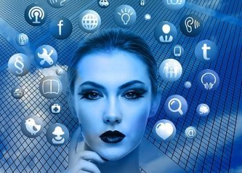 social-media-woman