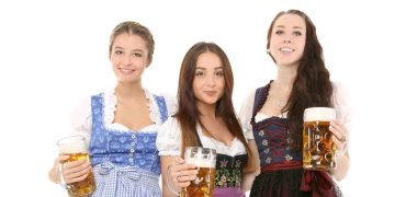 Oktoberfest - Prost! (By Werner Heiber from Pixabay)