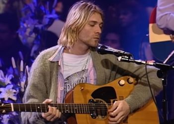 Kurt Cobain guitar played on MTV Unplugged