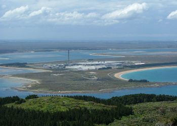 Tiwai Point  smelter. Photo credit: Wikipedia Commons