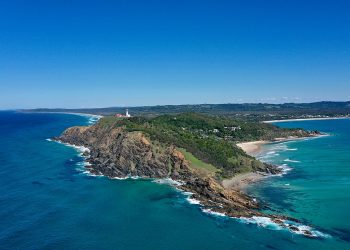 Byron Bay Lighthouse and beach. Photo credit: Wikimedia Commons