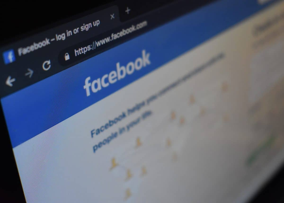 Australia plans to force Facebook and Google to pay for news