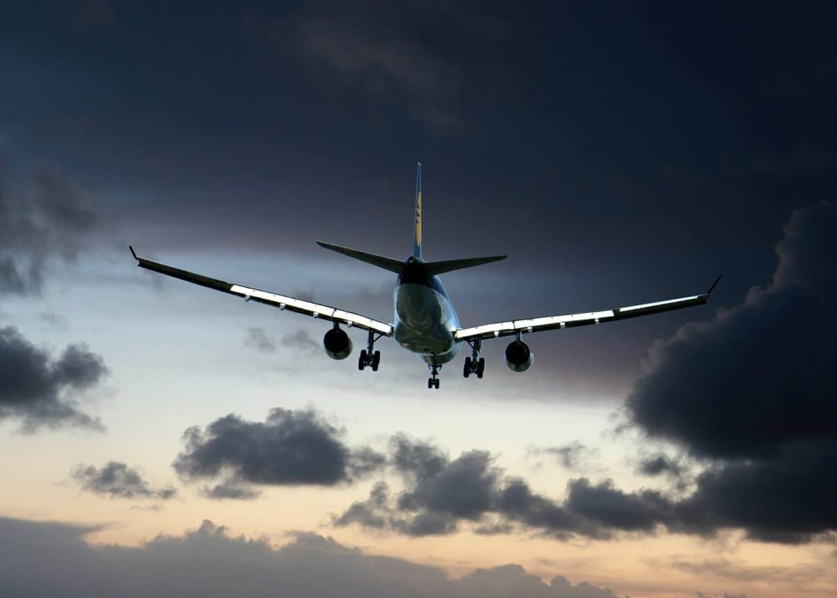 The reduction in air travel has been a big contributor to lower emissions. Photo credit: Pixabay