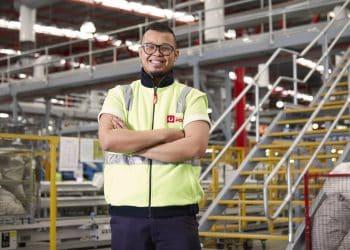 A parcel facility employee at Australia Post. Photo credit: Australia Post