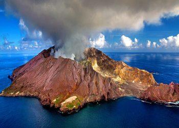 Whakaari/White Island. Photo credit: Wikipedia