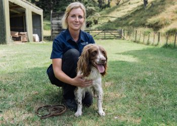 Kerryn Johnson with springer spaniel Pip. Photo credit: Auckland Council