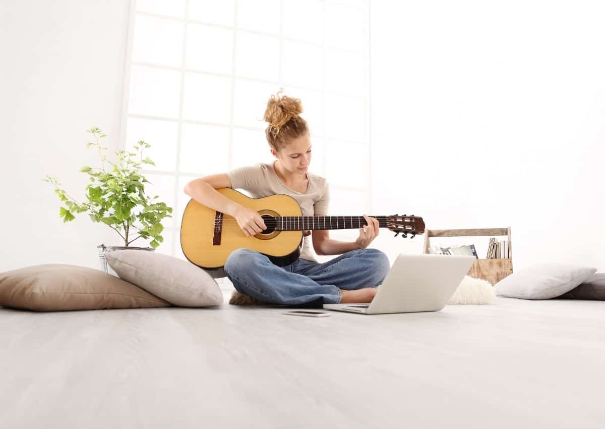 Why are so many Australian's learning the Guitar in 2021_