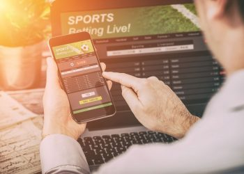 What do you understand by hedging in sports betting_ Important points to keep in mind