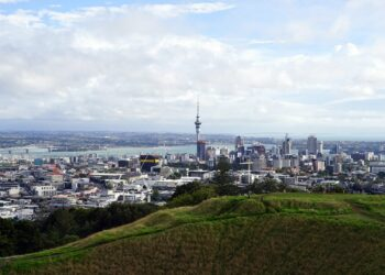 City of Auckland. Image by Bernd Hildebrandt from Pixabay