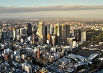 The Melbourne CBD. Image by moerschy from Pixabay