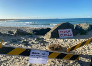 Tuscany beach closed until further notice after a man in his 50s died after being attacked by a shark. Image: Twitter/@WesternWilson9