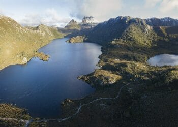 Cradle Mountain in Tasmania is a popular visitor attraction. Photo credit: Chensiyuan via Wikimedia Commons