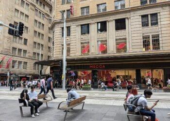 George Street in the Sydney CBD. Photo credit: MDRX via Wikimedia Commons
