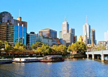 Melbourne CBD. Image by Julian Hacker from Pixabay