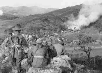 Australian soldiers of 3RAR during the Korean War. Photo credit: Australian War Memorial via Wikipedia