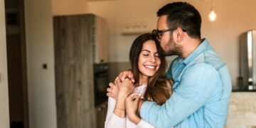 9 Powerful relationship goals for all couples